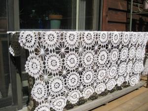 Pinwheel Tablecloth side view
