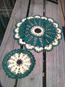 Black-eyed Susan Doily, Coaster set