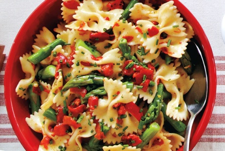 Lemony Red Pepper and Asparagus Pasta Salad recipe - Canadian Living